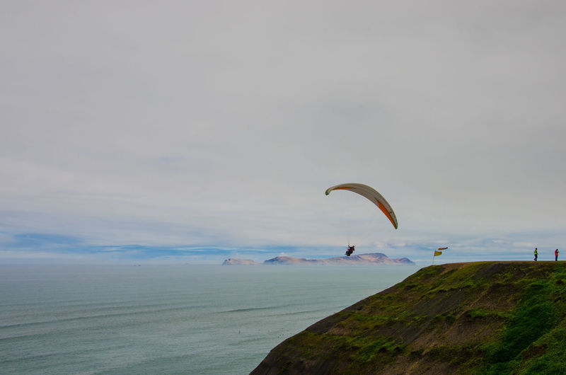 Adventure Cloud - Sky Extreme Sports Freedom Inca Leisure Activity Lima Mid-air Pacific Ocean Paragliding Peru South America Unrecognizable Person Miraflores Miraflores Lima Barranco Barranco Lima People Of The Oceans Feel The Journey