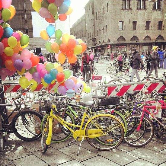Cycle Dance Flash Mob by @bicisenzafrontiere Bicisenzafrontiere Bsf Salvaiciclisti ILoveMyBike bikepower Bologna zona30 bicicletta
