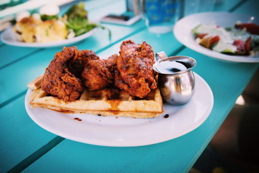Fried chicken waffle Fried Chicken Waffle Food Food And Drink Foodporn Sunny Sunny Day Table Lunch Brunch Dining Out American Food Maple Syrup Gourmet Summer Clean Dishes Healthy Eating TakeoverContrast Food Stories