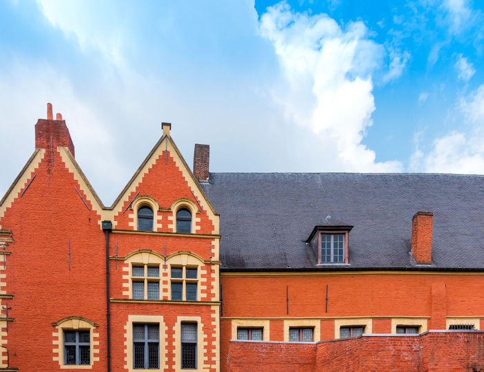 Antique City Architecture Building Building Exterior Built Structure City Cloud - Sky Day Europe Landmark Low Angle View No People Outdoors Red Roof Sky Tourism Window