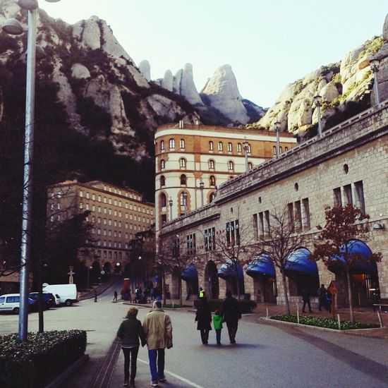 Walking Around Cityscapes Taking Photos Hello World Montserrat Monasterio De Montserrat Catalunya Catalunyaexperience Catalunyalove Catalunyagrafias Catalunyafotos Mountains Mountain Peak Monastery