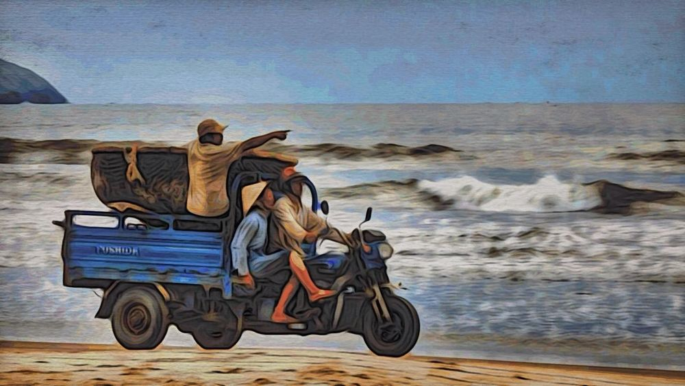 Looking for a big fish. Local fishermen. MuiNe, Vietnam. Streamzoofamily Moku Hanga Landscape_Collection People Of The Oceans