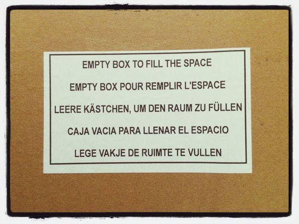 Leere Kästchen, um den Raum zu füllen. Packaging