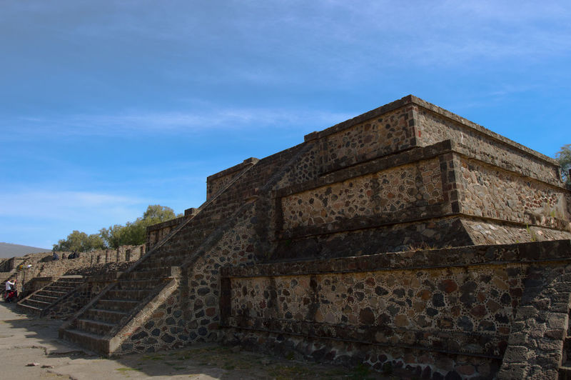 Calzada de los muertos, Teotihuacán Architecture Built Structure History The Past Building Exterior Ancient Tourism Travel Destinations Ancient Civilization Archaeology Ancient History Aztec Teotihuacán Pyramids Visitmexico Nikon Calzada