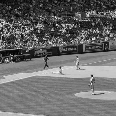 Large Group Of People Real People Leisure Activity Playing Lifestyles Outdoors Day Sport Standing Baseball - Sport Crowd CanonRebel EyeEm Vision EyeEm Best Shots EyeEm Gallery EyeEmNewHere Canonrebelt5 Canonphotography Black And White Photography Kcroyals Baseball ⚾
