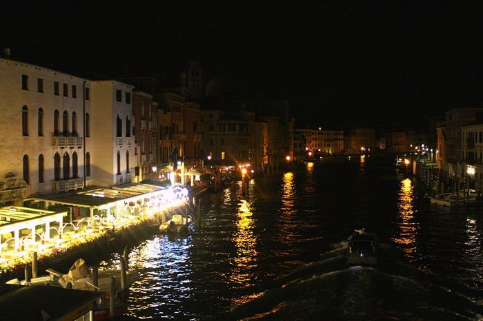 Una notte a Venezia Building Exterior Architecture Night Built Structure Water Illuminated Canal City