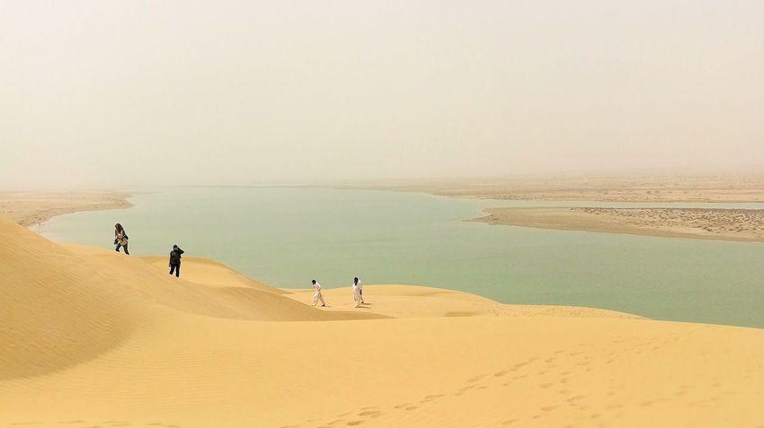Sand Dune Full Length Desert Clear Sky Men Sand Sunset Panoramic Beach Sea