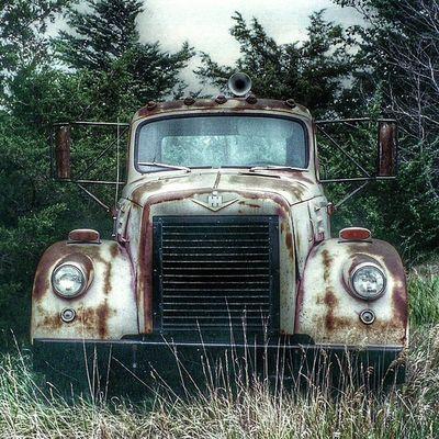 Trb_autozone Tv_transport Splendid_transport Dirtmerchantautos exploring_shotz car_czars car_crests trailblazers_rurex trailblazers_rural rsa_preciousjunk royalsnappingartists g_s_i glitz_n_grime xe_car ic_wheels ptk_vehicles igcars patina_perfection wow_autoholic jj_transportation jj_unitedstates