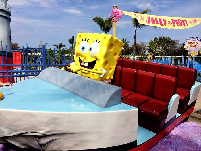 City Sky Day at 黄金海岸 Amusement  amusement park Spongebob♥