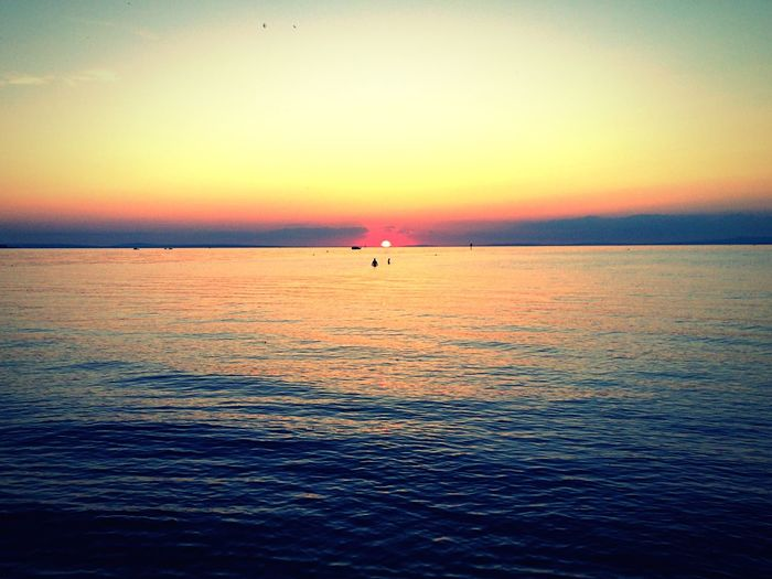 Sunset Sunset Silhouettes Sunset_collection Sunset #sun #clouds #skylovers #sky #nature #beautifulinnature #naturalbeauty #photography #landscape Sonnenuntergang Bodensee Rohrspitz Wasser 43 Golden Moments Abendstimmung Abendsonne Ferien Ferien 2016 Holiday Holidays Sun