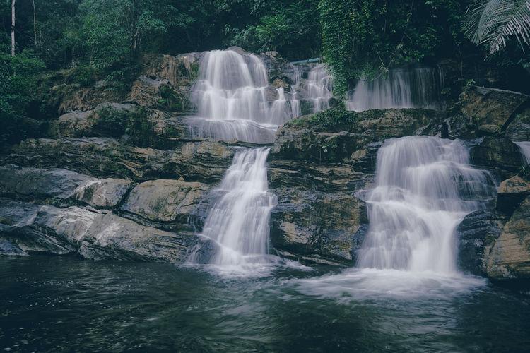 Tonetok waterfall