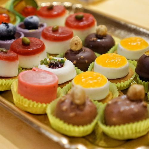 pastry party Sony Tamron 600 Gelatin Dessert City Plate Dessert Close-up Sweet Food Food And Drink Pastry Macaroon Cupcake Holder Sprinkles Assortment Cakestand Muffin Cupcake Served