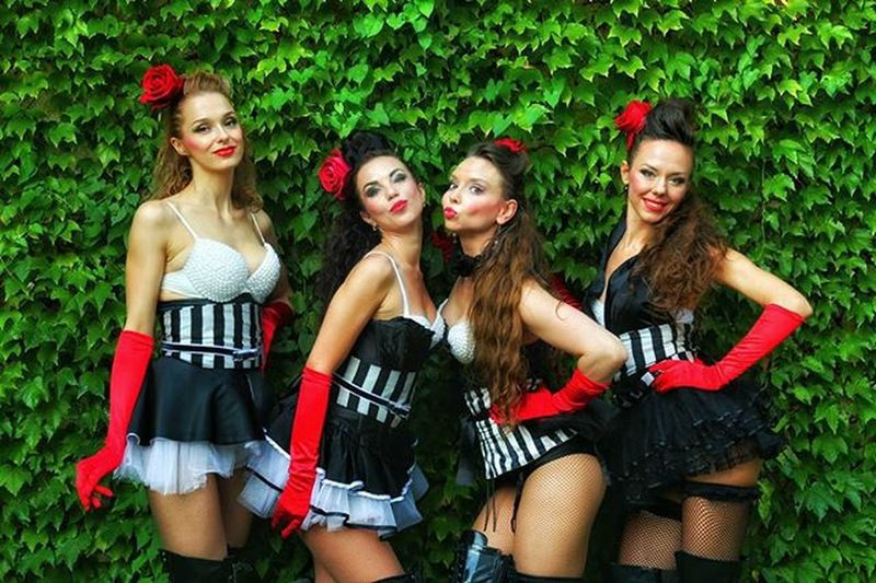 Istanbultattooconvention Poledance Maslakarena Instagood Girls Pole Pic Picoftheday Istanbul Burlesqueshow Gününfotoğrafı Gunungalerisi