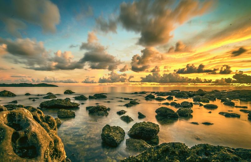 Cloud - Sky Outdoors Scenics Dramatic Sky Sunset Nature Sky Beauty In Nature Water Beach NikonD800