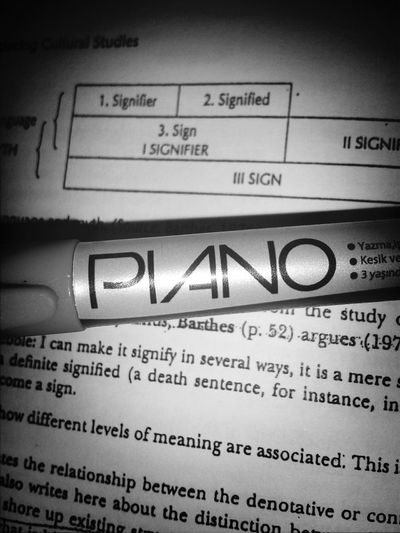 I love Piano<3 Black & White Semiology
