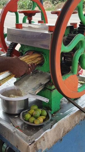 Hot Summer - sugarcane juice time Sugarcanr Sugarcanejuice Sugarcane Juice Profession Cool Drinks Summer Drinks EyeEm Nature Lover EyeEm Gallery Eyeem Market Getty Images Getty+EyeEm Collection Gettyimagesgallery Getty Images Premium Collection EyeEm Selects EyeEm EyeEm Masterclass EyeEm The Best Shots Job Street Food Stall Street Foods Photography Street Drink Vendor Thirsty  Sweet Drink Fresh Juices Lemon Ginger Hot Day Water Business Finance And Industry Close-up Food And Drink