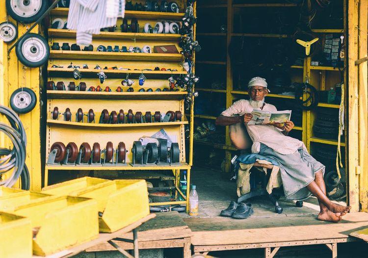 Streetphotography Street Photography Street Market The Street Photographer -2016 EyeEm Awards The Photojournalist - 2016 EyeEm Awards Feel The Journey Paint The Town Yellow
