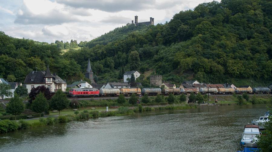 Balduinstein Eisenbahn Lahn Railway Schloss Schaumburg