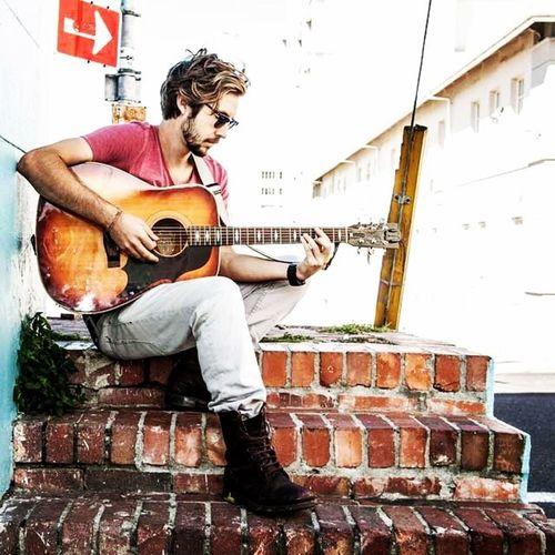 Jeremy Loops! <3 Music Goodtunes Indierock Rockingthedaisies SouthAfrica musician gypsie trip
