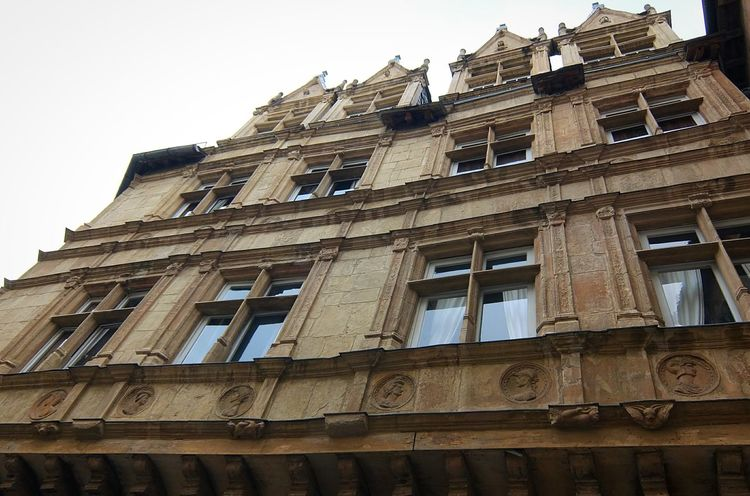 Facades Old House Rodez Old Architecture Old Facade Architecture Cityscapes Cityscape Old Shop Street Photography Streetphotography Aveyron