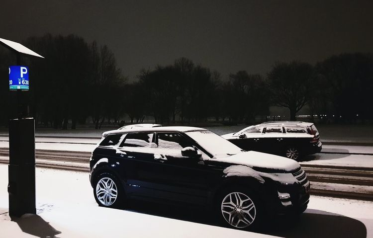 Range Rover in the snow Cars Range Rover Evoque Snow ❄ Snowing Snow Covered Streetphotography Street Street Photography Night Nightphotography Night Lights Nightlife Illuminated Light And Shadow Lights Taking Photos Taking Pictures Freezing Frozen Car Snow Covered Snowfall Snow Cold Winter Vehicle Cold Temperature Empty Road Weather Weather Condition