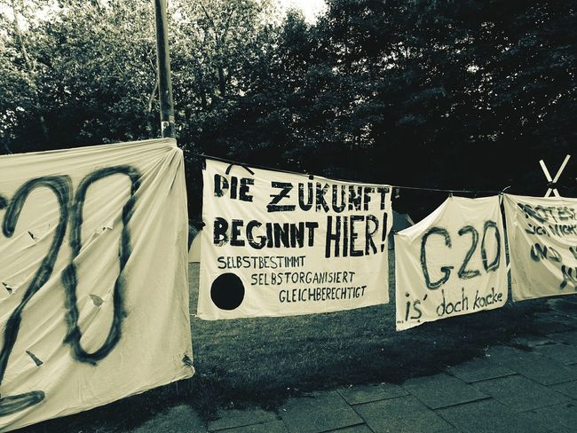 Text Communication Capital Letter Message Outdoors Day Hamburg Demo Welcome To Hell G20 Gipfel G20 Summit City