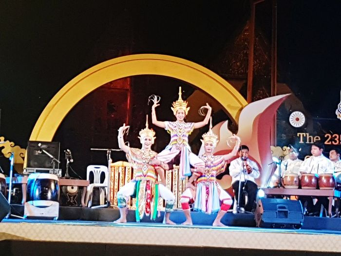 Thailand Culture Of Thailand Arts Culture And Entertainment Show Performance Dance Photography Dance ❤