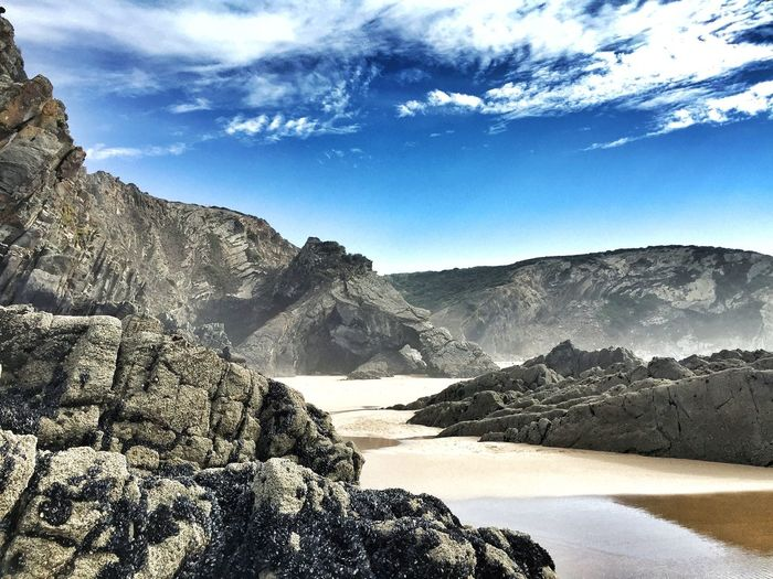 Low Tide Beach Bay Rocks Sea Sand Costa Vicentina Portugal_lovers Portugaligers Wu_portugal