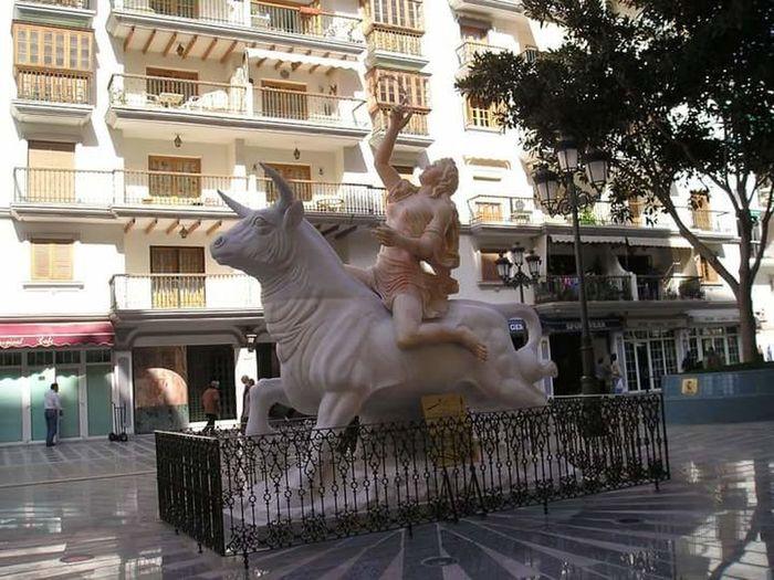 Toremolinos SPAIN Holidays Statue