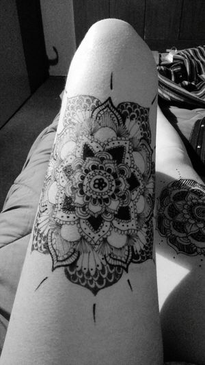 Do u like it? Indoors  Floral Pattern Person Decor Creativity Tattoo Tumblr Black And White Tattoo Life Tattoomodels Tattooing Tatooart Black And White Photography Black Tattoo Tattoo Mandala Art Mandalas Mandala Tattoo Mandala Design Creativity Blackandwhite Black Byn Art Fragility