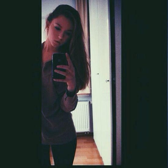 Mirror Girl Love Goodgirl
