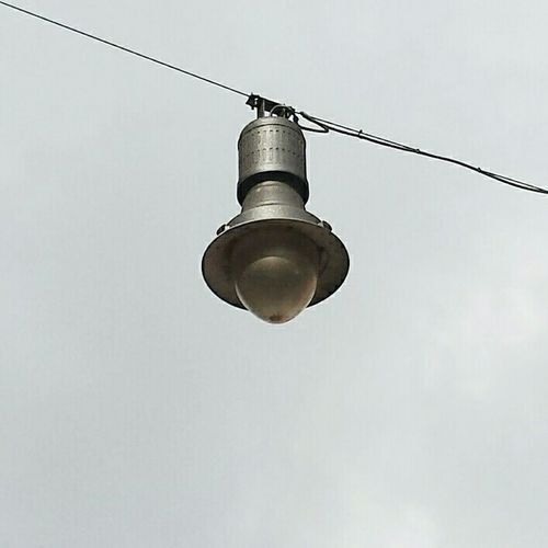 Streetlight Streetlights Streetlamp Streetphotography Streetstyle Streetphoto Street Art Street Photo Old Oldstyle