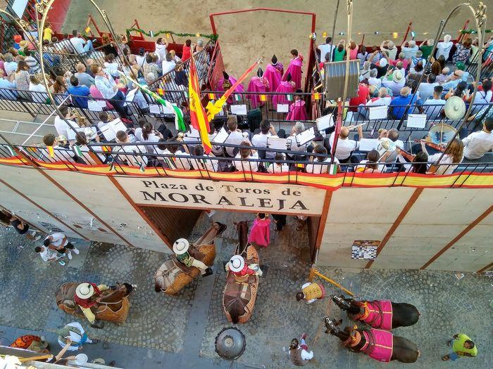 Moraleja Feria Feriataurina Toros Taureaux Plazadetoros Bullfighting España Fiestanacional Cultura Corrida Chevaux Caballos 🐎🐎👢 Extremadura
