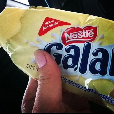 Perdição do dia!! Sofriiii 😞😞😞😞 Picole Galak Verão Calor horadorush transito dandoumtempo doce chocolatebanco