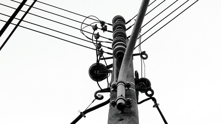 Electric Lines... Electricline Electric Lines Electric Wire Taking Photo Eye For Photography Taking Photos Takingphotos