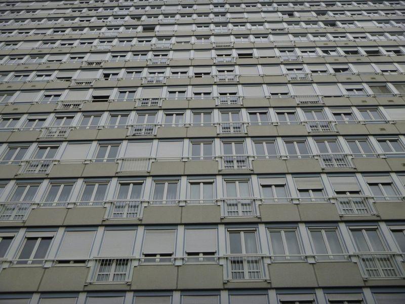 Horror Sky House Skyscraper No Escape Floor Windows White Little Prison