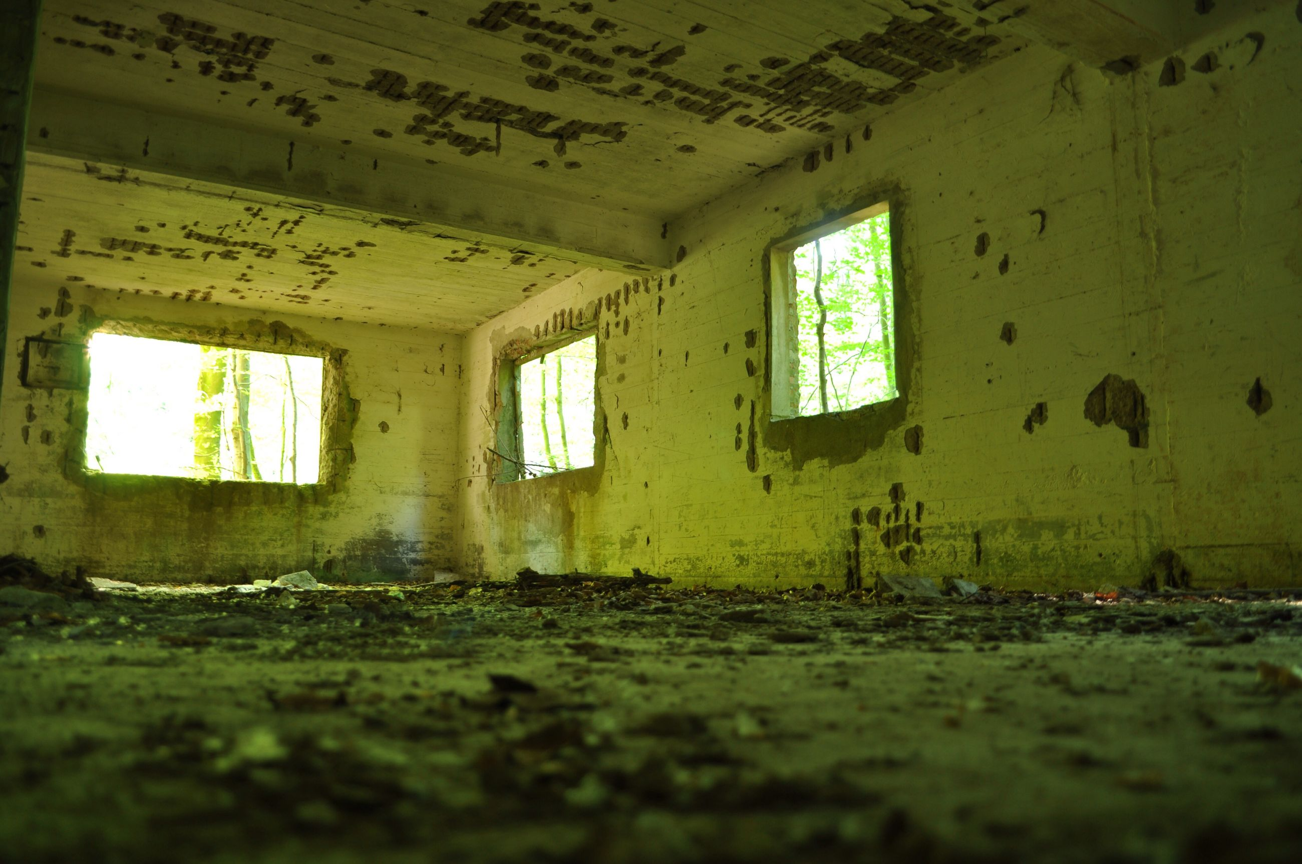 indoors, abandoned, damaged, obsolete, architecture, deterioration, built structure, run-down, window, old, interior, bad condition, messy, ruined, weathered, wall - building feature, house, destruction, dirty, ceiling