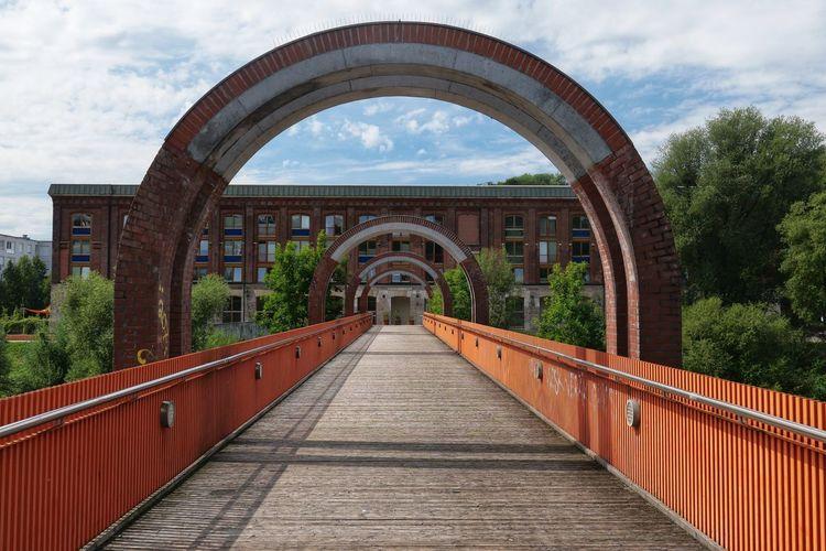 Brücke über dem