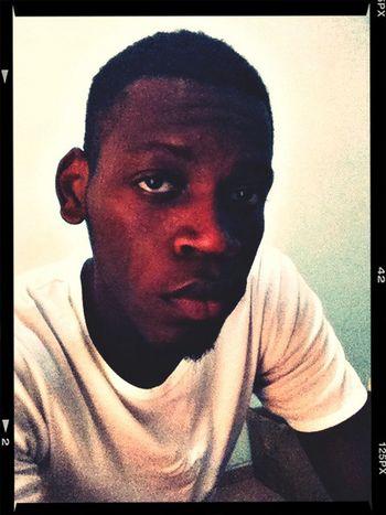 X a selfie. That's Me Selfportrait