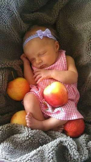 my daughter at 2 days old isn't she adorable! the apple of my eye NewBorn Photography My Baby Girl <3 Amora B.