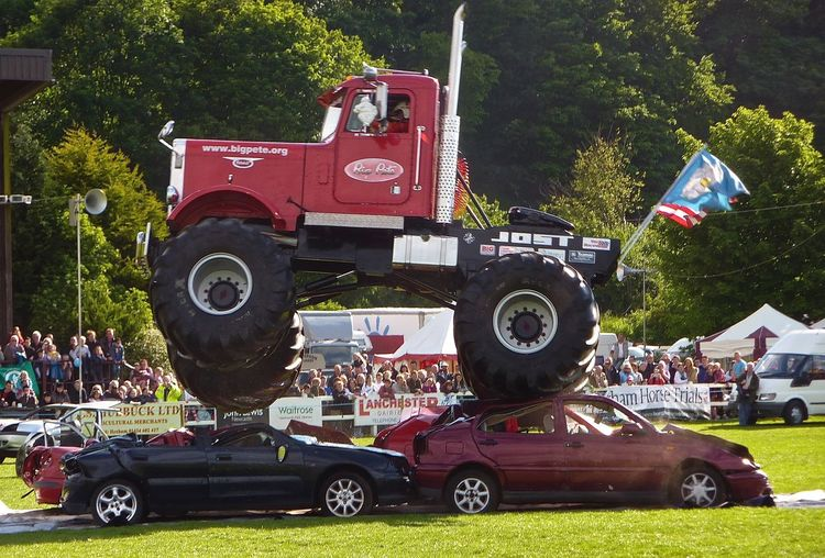 Crushed Cars Danger Jumping Truck Land Vehicle Leap Lorry Mode Of Transport Northumberland Show Display