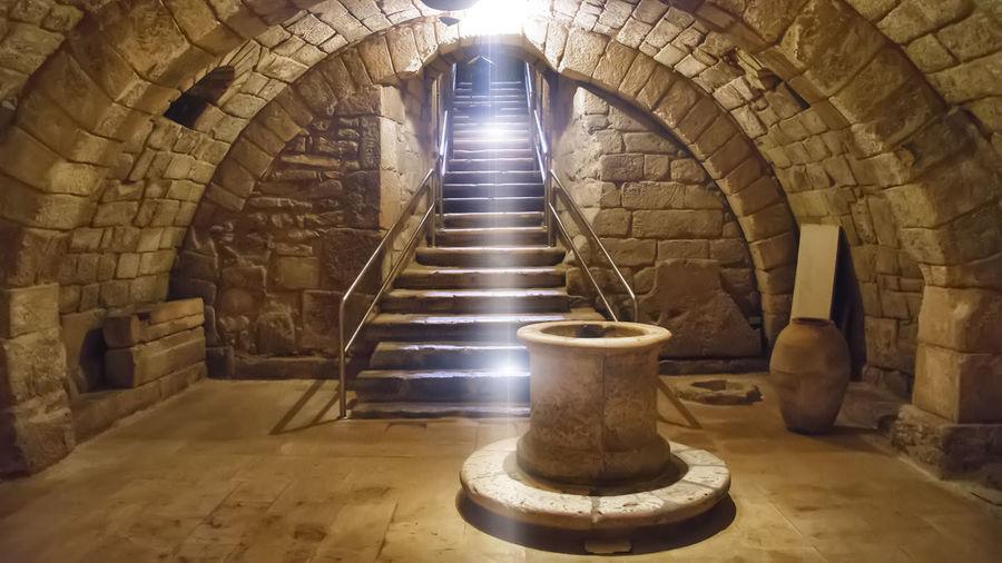 Architecture Cathedral Cripta San Antolin History Religion