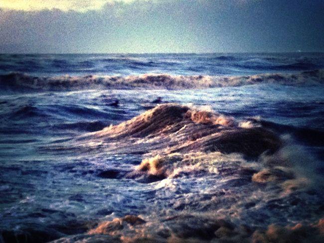 Mare D'inverno ViareggioSpettacoloAl Tramonto. ..
