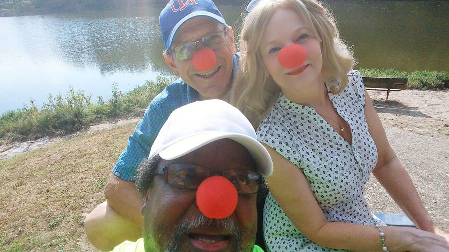 Clowning Around in KC Togetherness Leisure Activity Sunlight People Outdoors Playing Water Multimedia Journalist Blackberry Castle Photography Reggie Banks Sr Close-up Red Noses BBQ Cookout Breaking Bread Meeting New Friends Lost In The Landscape Connected By Travel Perspectives On Nature