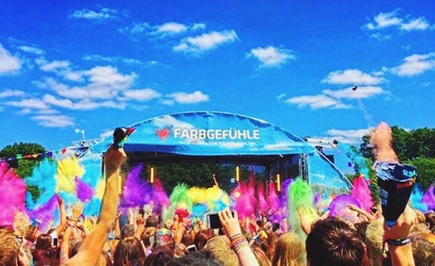 Nice Atmosphere Farbgefühlfestival Real People Happiness Festival Fun