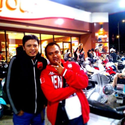 Last night with my buddy SOTR Bopscoot Vespa cc: @agriskusman @bopscoot @aerotechnology @beautyas