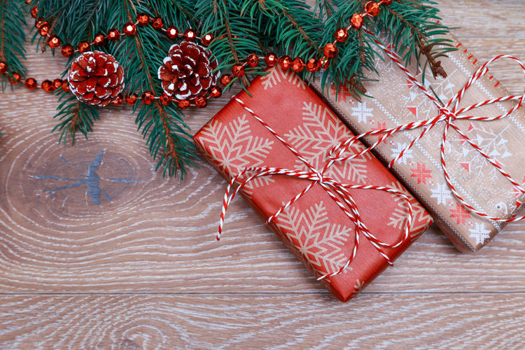 Christmas gift Christmas MAS Xmas Celebration New Year Tradition Gift Box Gift Preparation  Present Suprise Wrap Rope Box Ribbon Preparation  Above Overhead View Wooden Background Branch Rustic Free Background Free Space Spruce Flat Lay