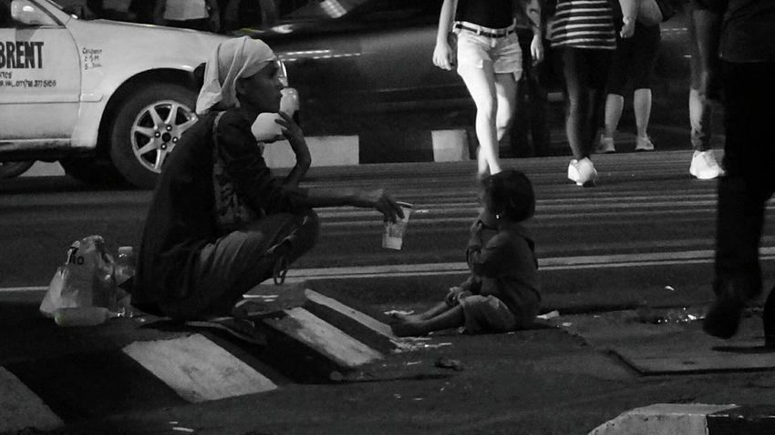 It's not always beautiful. Sometimes, the city is cruel... Streetphoto_bw Street Life Homeless Homeless Awareness Rethink Homelessness Harsh Reality...