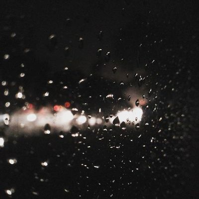 Raining... Rain RainyDay Amazing Love Bliss Dm India Maharashtra Pune Photooftheday Picoftheday Perfectnature Nature Naturelovers Natureclicks Weather Beautiful Mobilephotography Samsung Shades Instagram Puneinstagrammers Punekar Instagood Instadaily