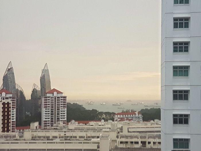 Views Scenics Building Exterior City Architecture Cityscape Sky Sunset No People Sea Built Structure S7 Edge
